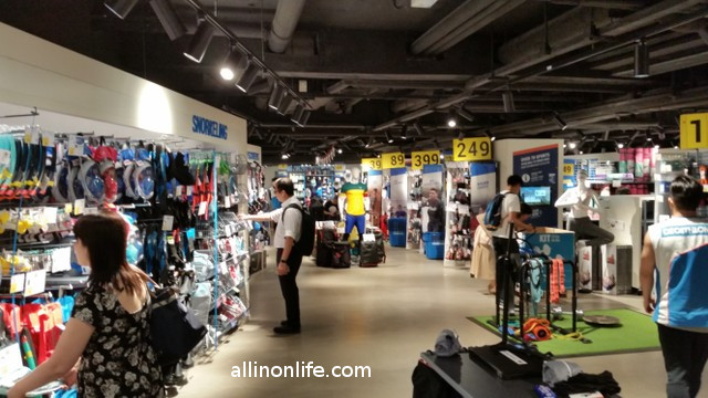 decathlon causeway bay hong kong inside store