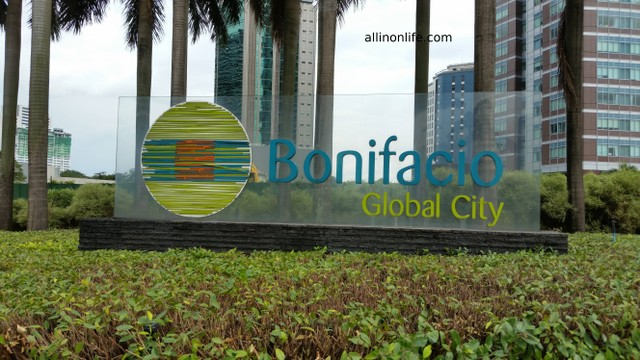A sign of Bonifacio Global City.