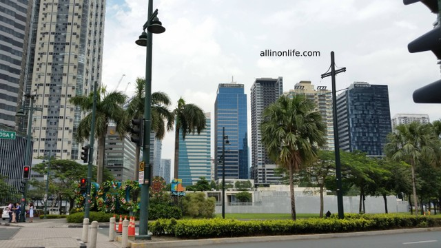The skyline of Bonifacio Global City.